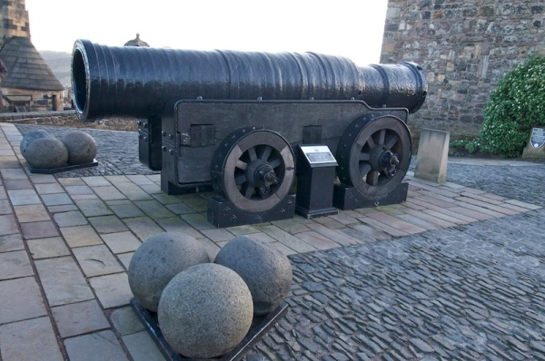 Mons Meg in Edinburgh Castle