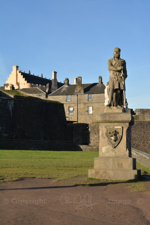 A statue of Robert the Bruce guards the Castle entrance
