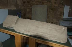 Hogback stone