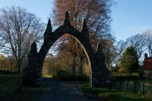 Lauder arch (4)