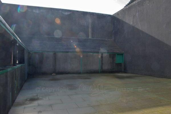 Falkland tennis court (2)