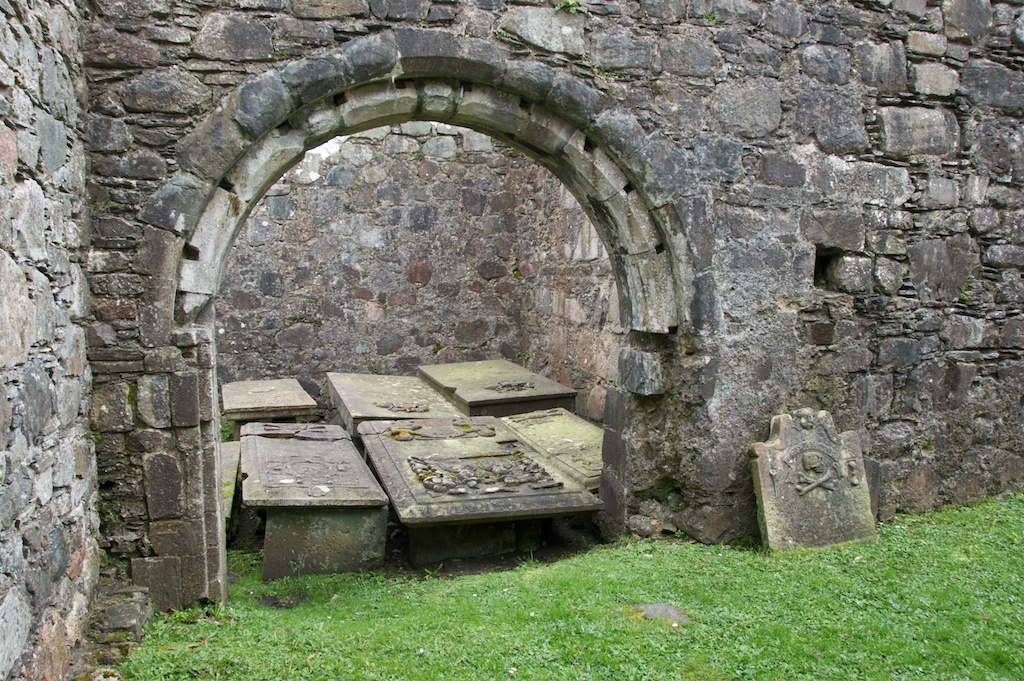 The Lochnell Aisle