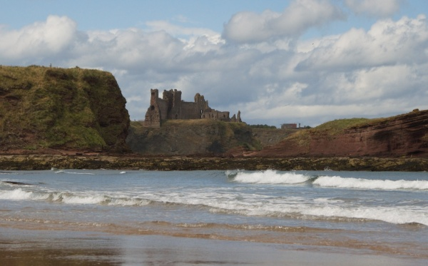Tantallon and beach 3