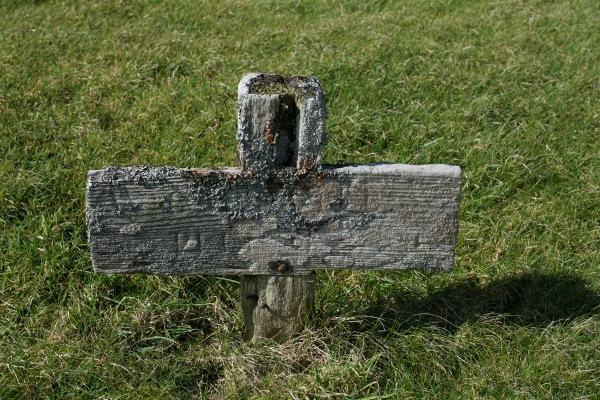 Graveyard wooden cross, Keills