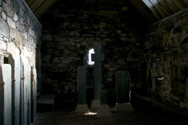 Keills Chapel stones (3)