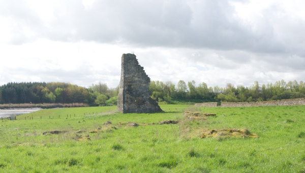 Remnant a few hundred yards away by river - possibly a dovecot or domestic building