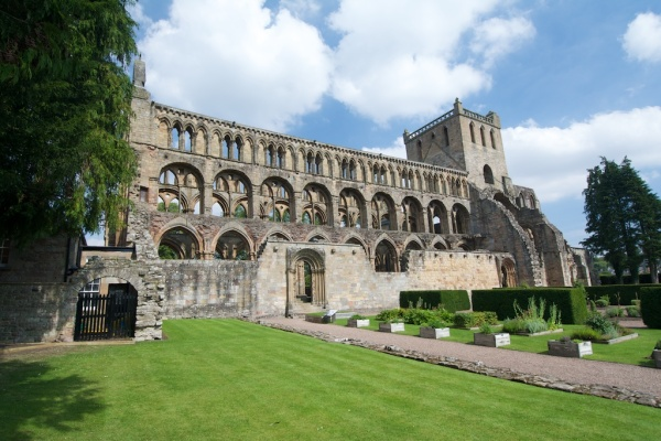 Jedburgh Abbey (11)